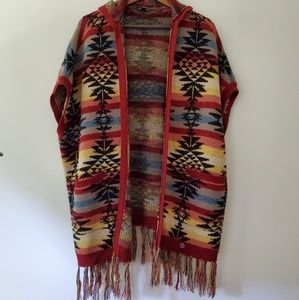 Hooded open poncho sweater tribal print
